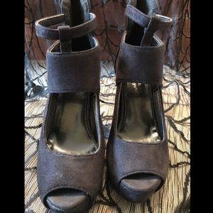 7.5 black microfiber peep toe 3 inch heel